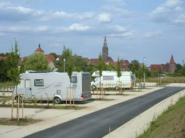 Immagine:  Caravan sites in Wolframs-Eschenbach
